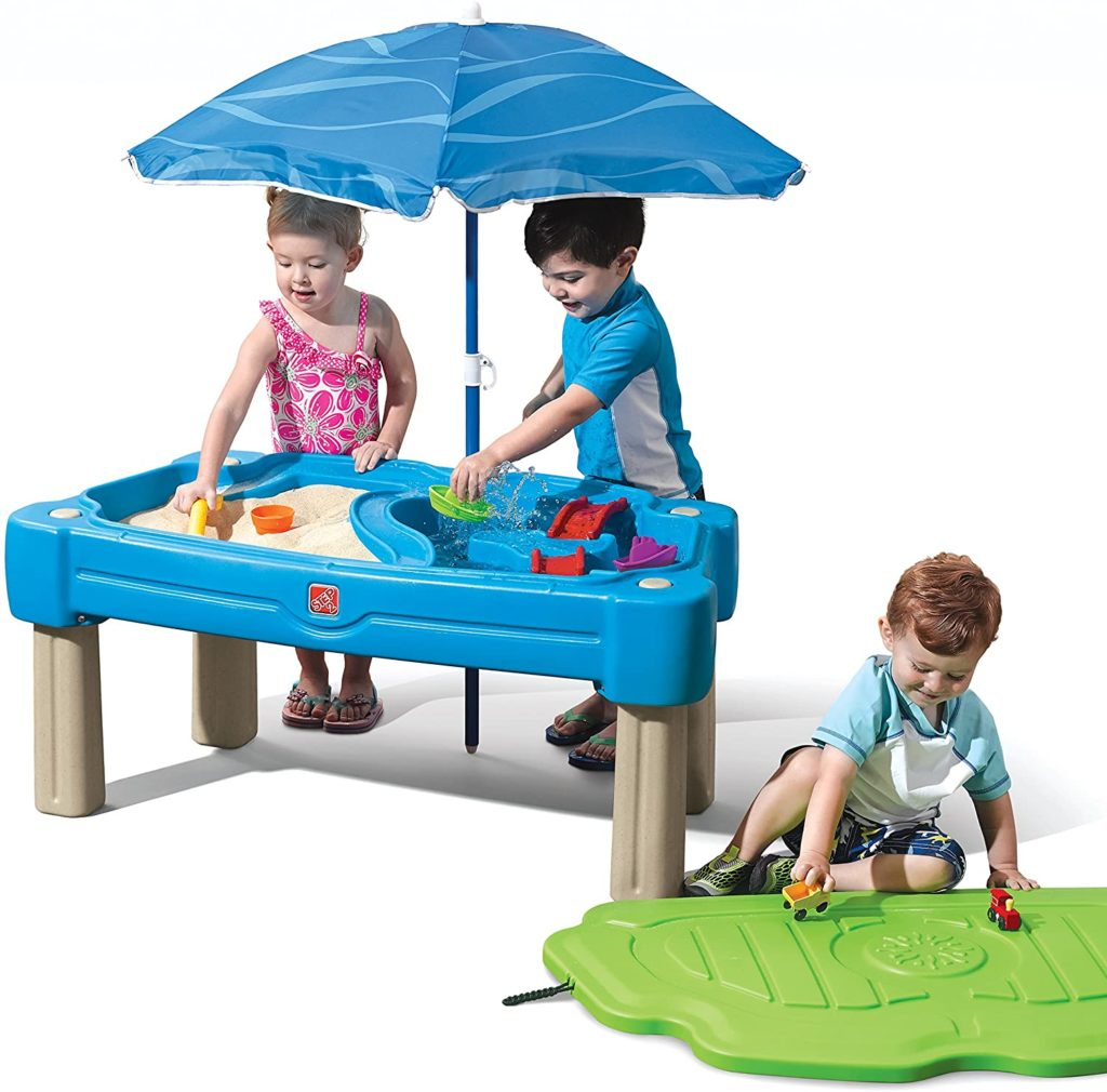 Step2 Water Table With Umbrella abd 6-Pc Accessory Set