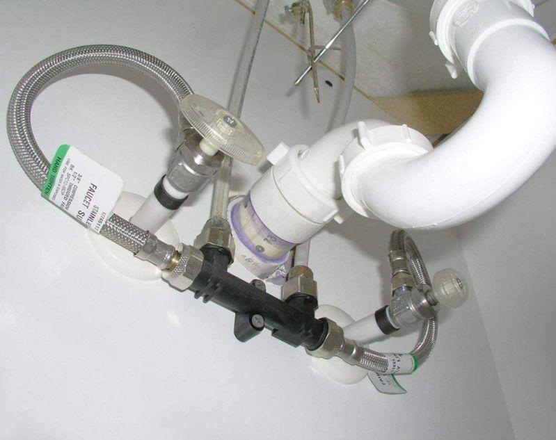 Undersink hot water recirculating pump